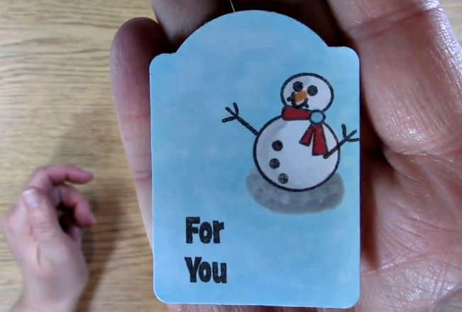 close up snowman tag 2