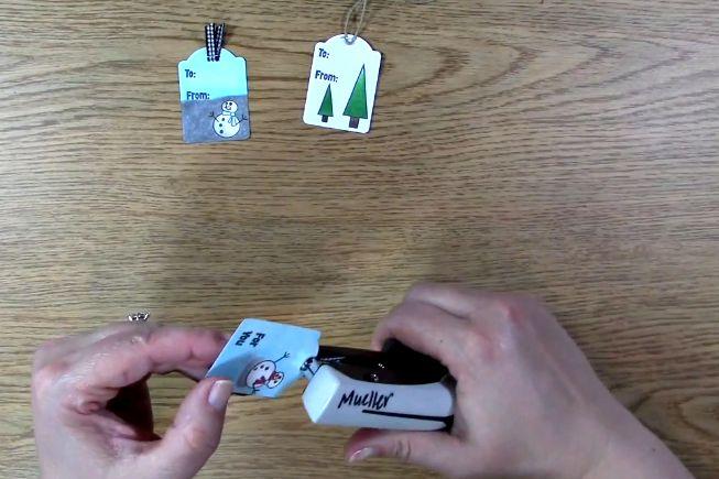 fold ribbon and staple