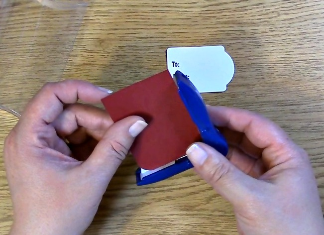 punch corners with corner rounder