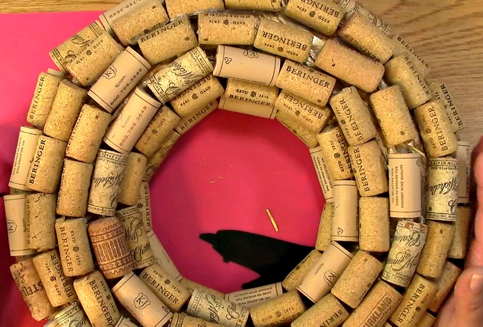 Create your own Cork Wreath Part Two b