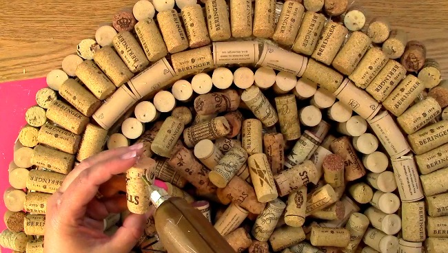 Create your own Cork Wreath Part Two v